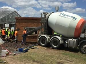 sc-hanson-truck-and-slab-pour